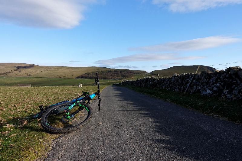 Back towards Mam Tor from Rowter Farm track